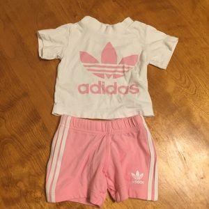 Adidas pink shorts and tee set size 3-6 mo